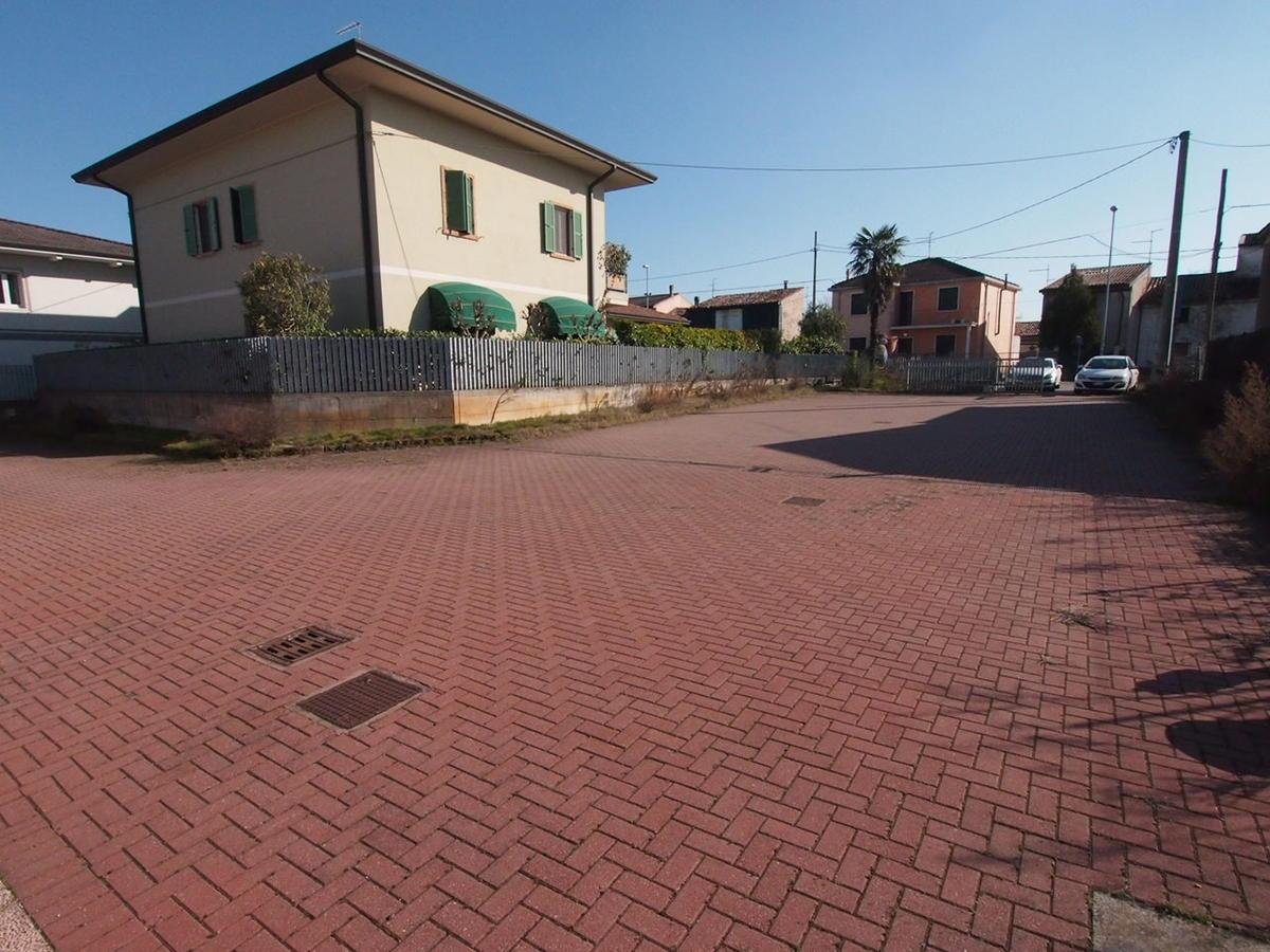 capannone commerciale in vendita ad Oppeano - 3