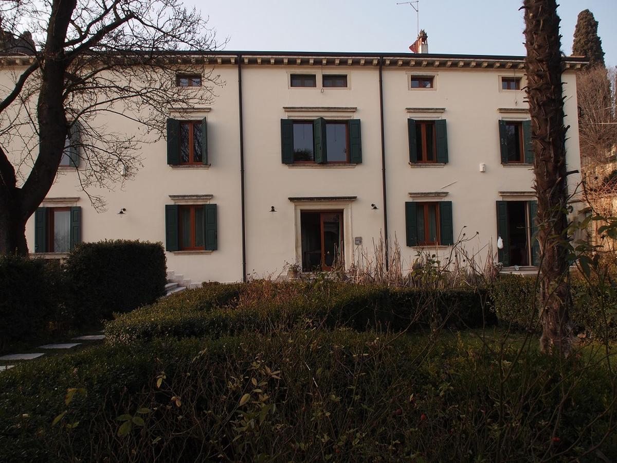 Valpolicella, Loc. Arbizzano, meravigliosa villa singola, restaurata, con parco  - 3