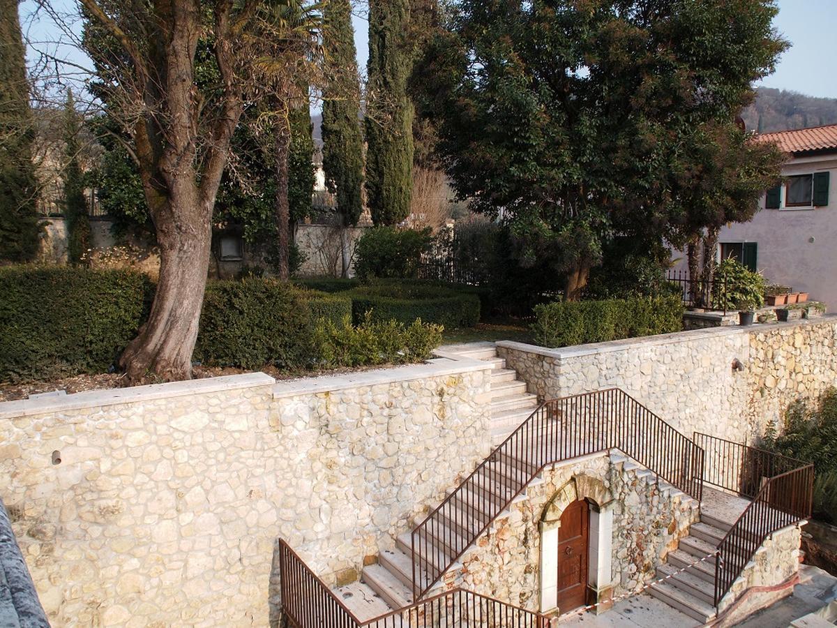 Valpolicella, Loc. Arbizzano, meravigliosa villa singola, restaurata, con parco  - 4