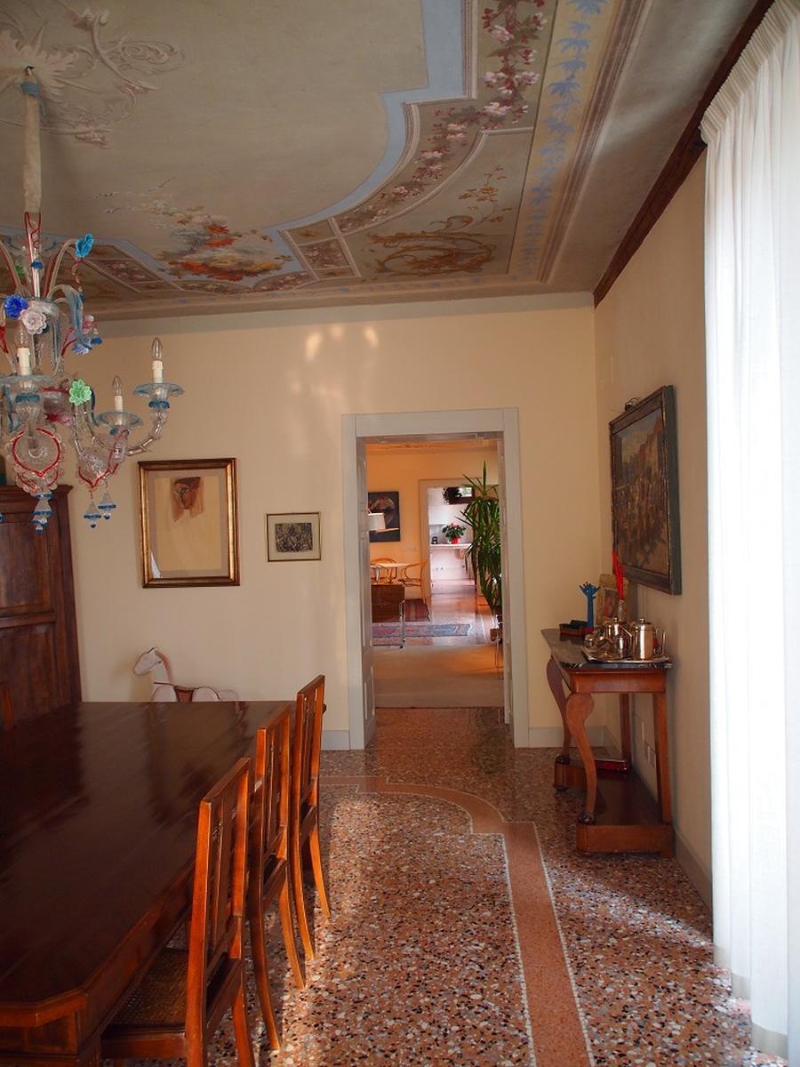 Valpolicella, Loc. Arbizzano, meravigliosa villa singola, restaurata, con parco  - 6