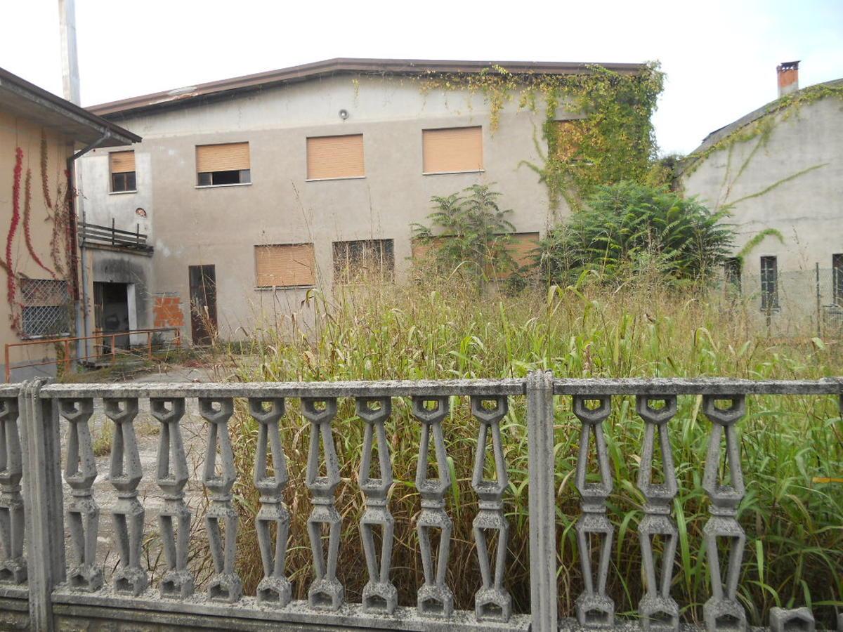 Capannone in vendita a Vallese di Oppeano - 1