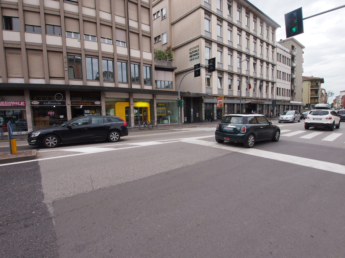 Negozio e uffici con ampia visibilità in affitto a Vicenza - 3