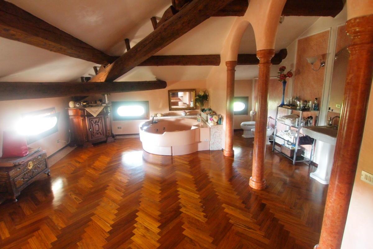 Villa storica a Vigasio - 21