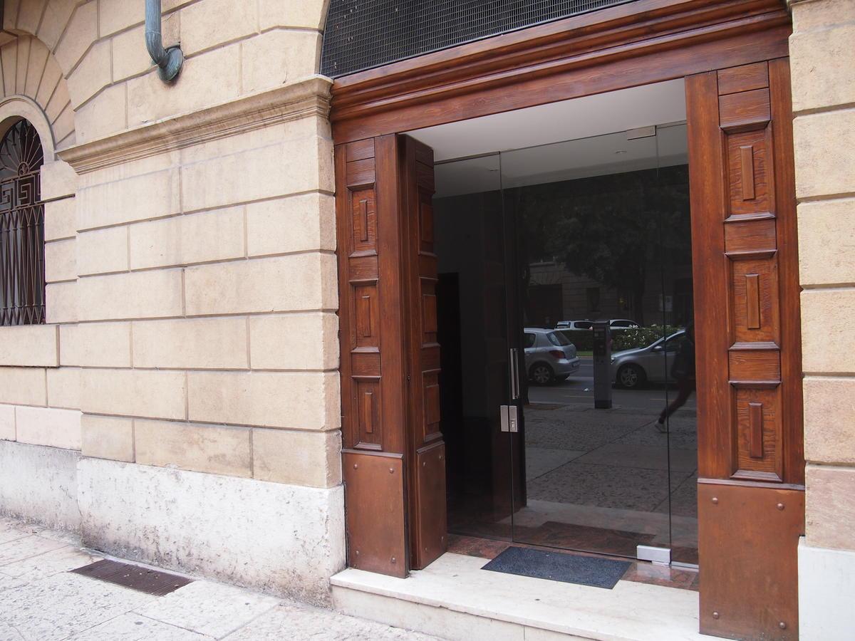 Ufficio vetrinato in affitto a Verona Corso Porta Nuova - 5
