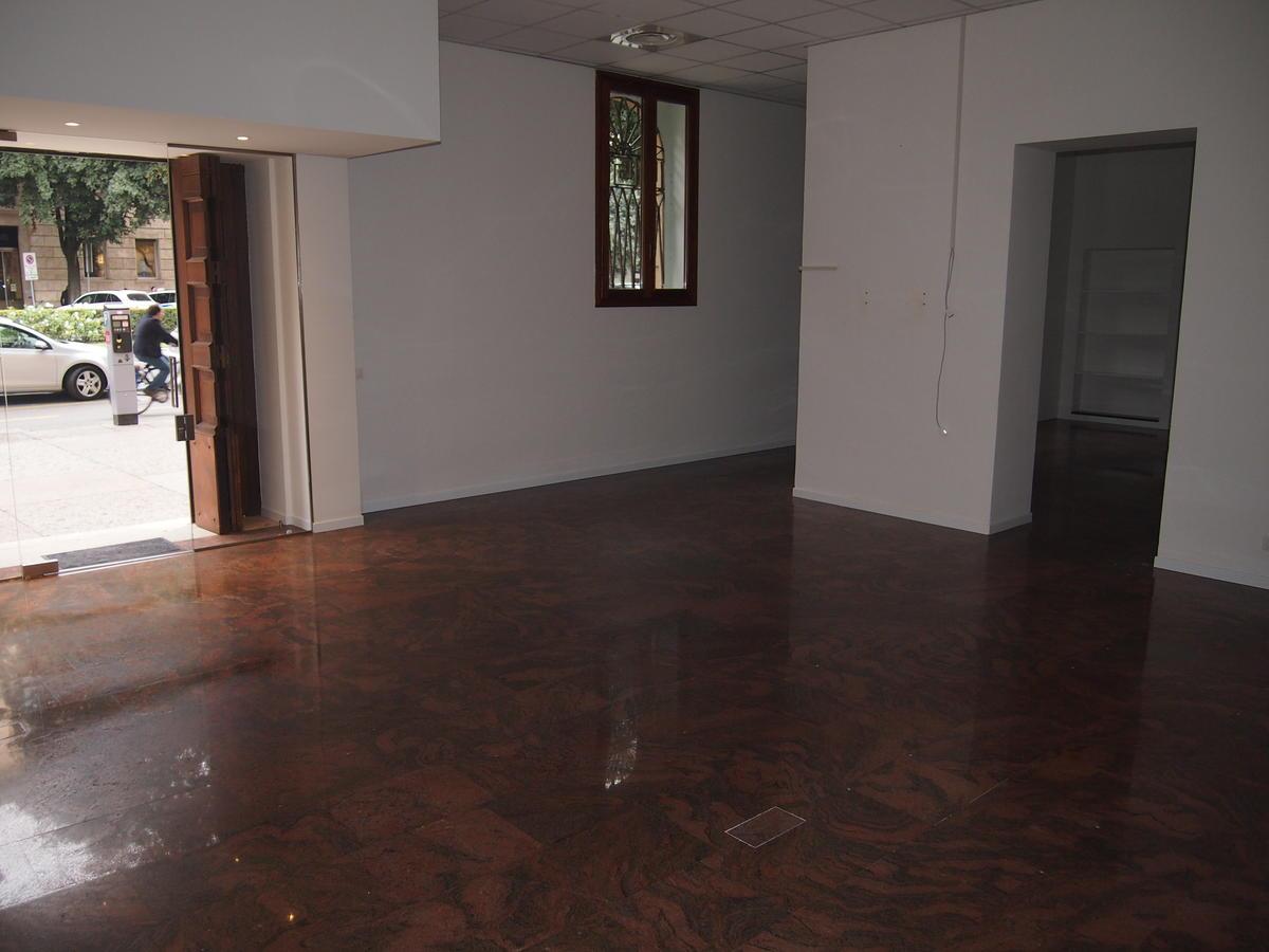 Ufficio vetrinato in affitto a Verona Corso Porta Nuova - 10