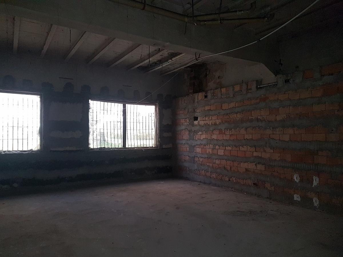 Verona, Valverde, laboratorio/magazzino in vendita - 4