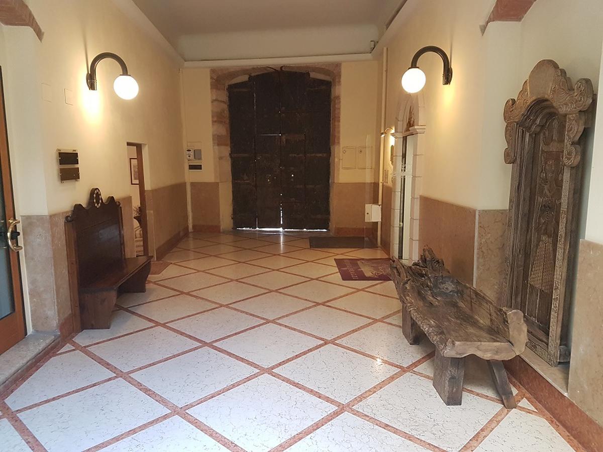 Verona, Valverde, laboratorio/magazzino in vendita - 0