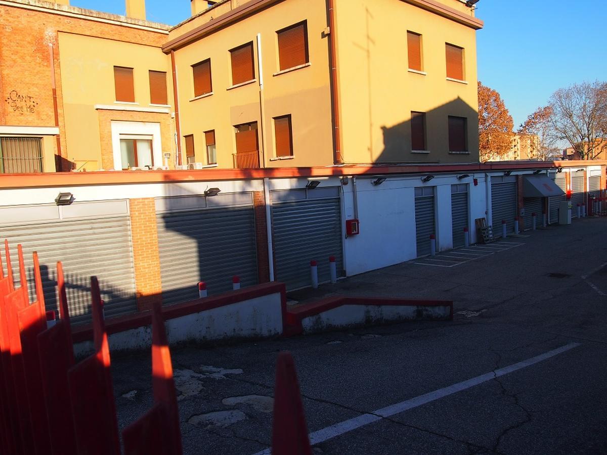 Verona, intero palazzetto in vendita - 9