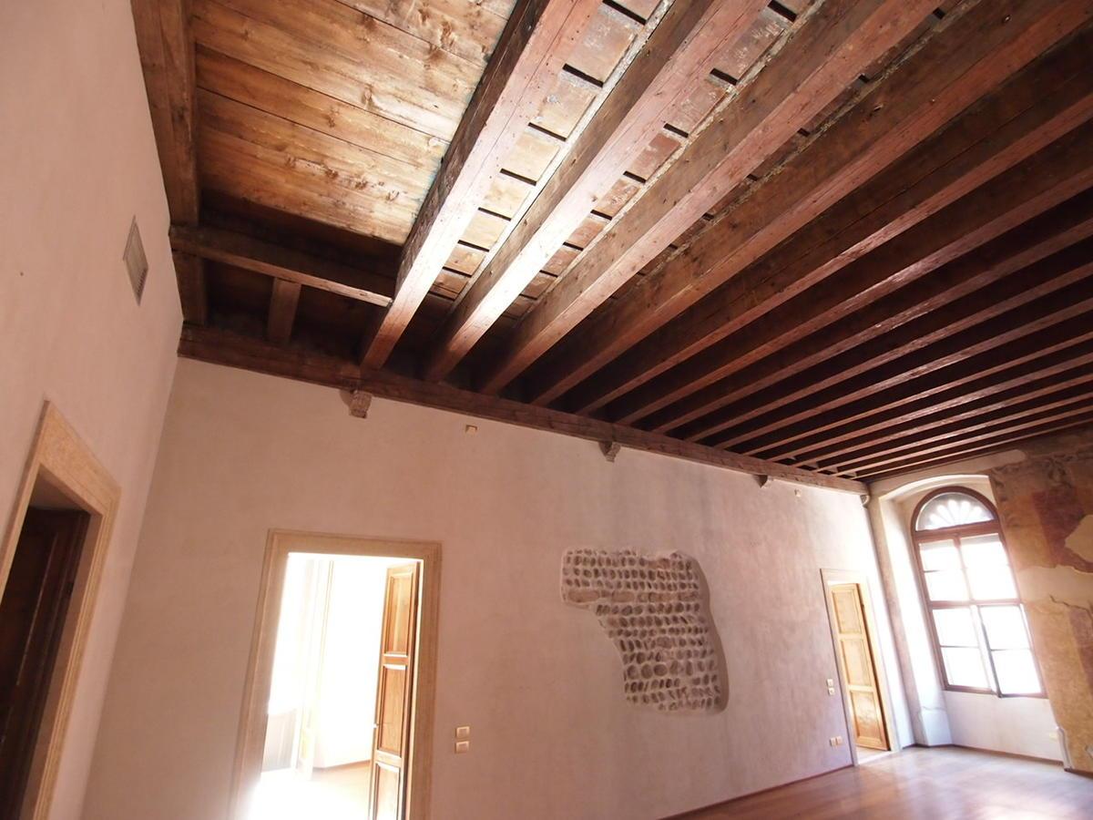 Verona, ampio appartamento in affitto - 8