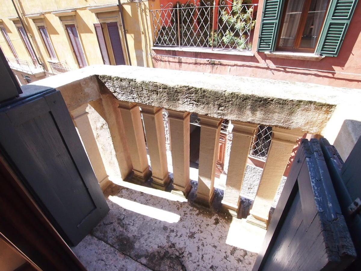 Verona, ampio appartamento in affitto - 15