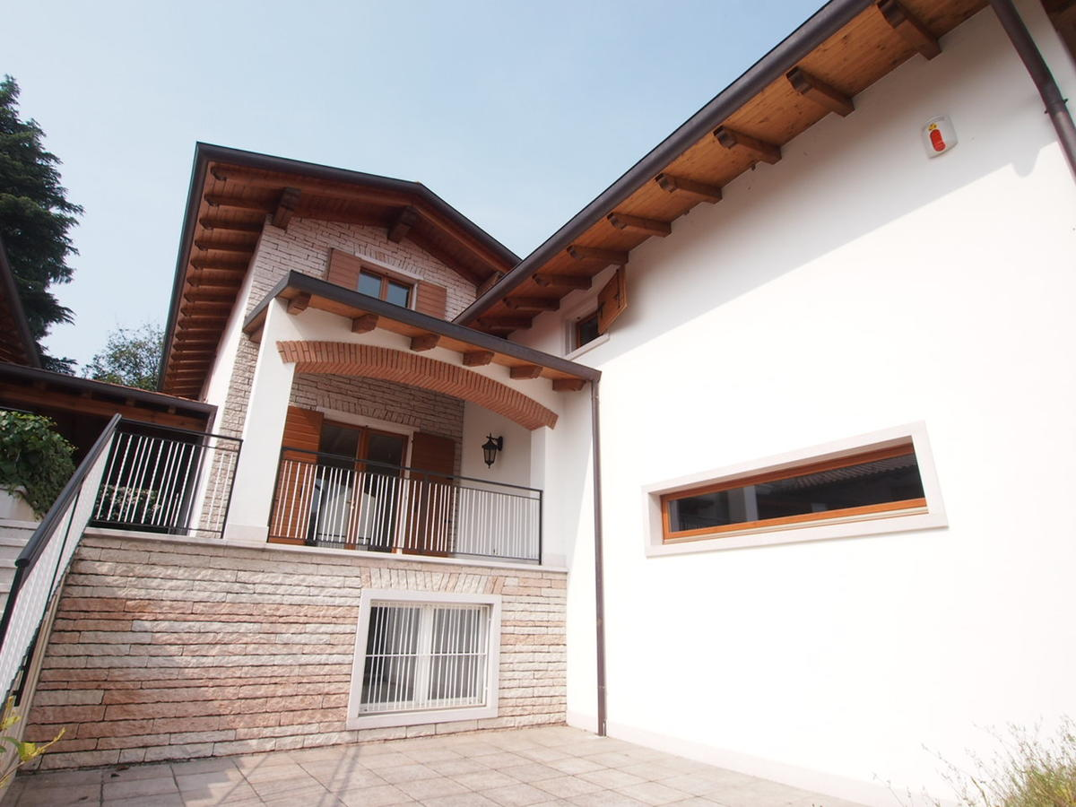 villa singola a Negrar - 1