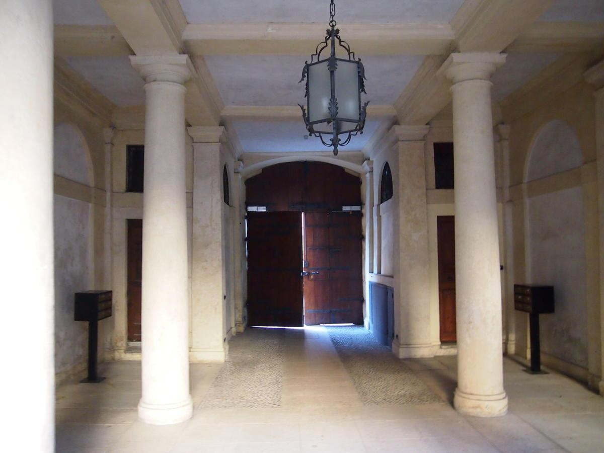 Verona, in centro ufficio in affitto - 3