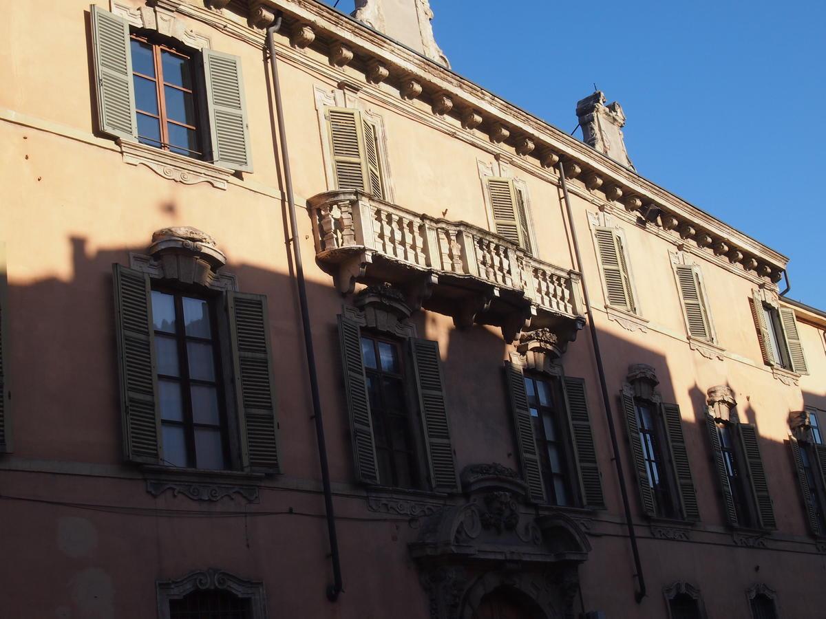 Verona, in centro ufficio in affitto - 1