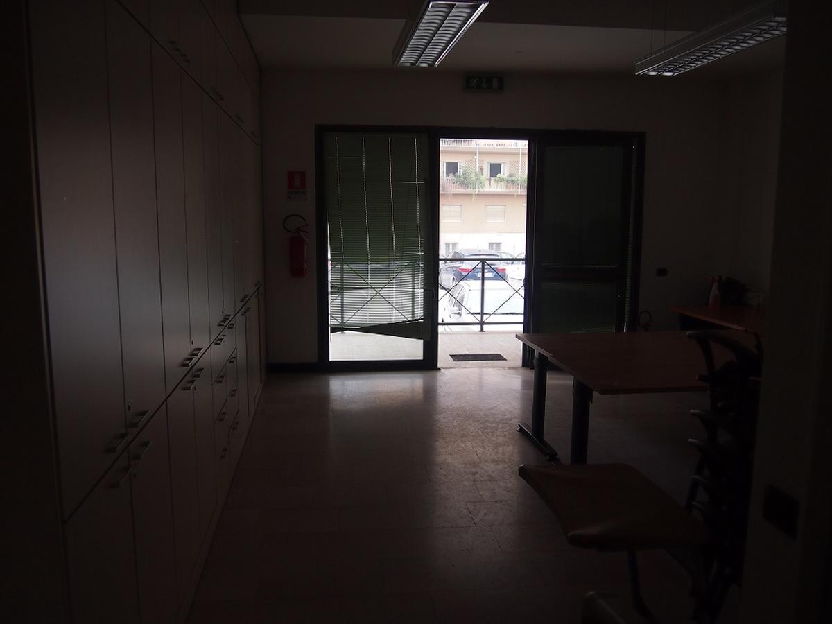 Verona, ufficio in affitto - 4