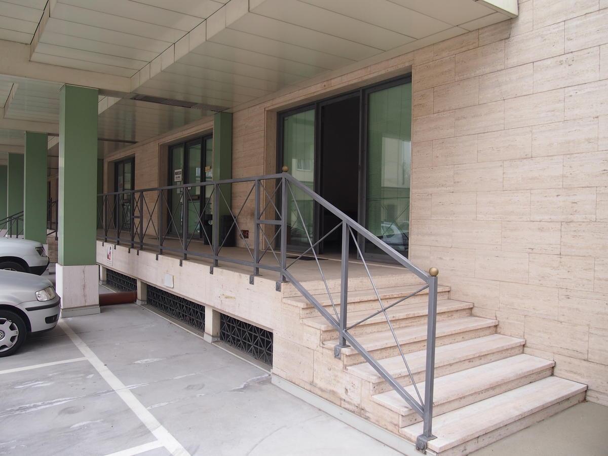 Verona, ufficio in affitto - 0