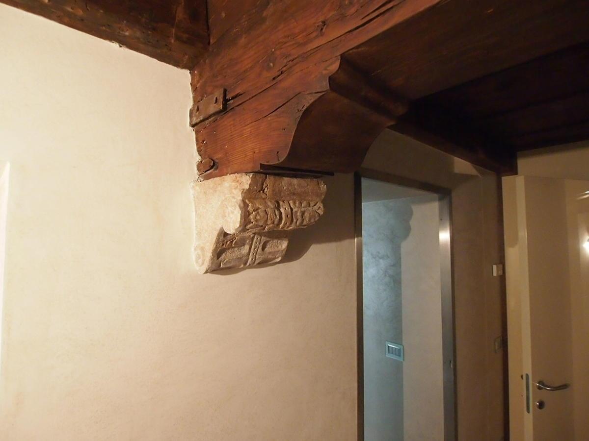 trilocale arredato con finiture di lusso in centro Verona  - 17
