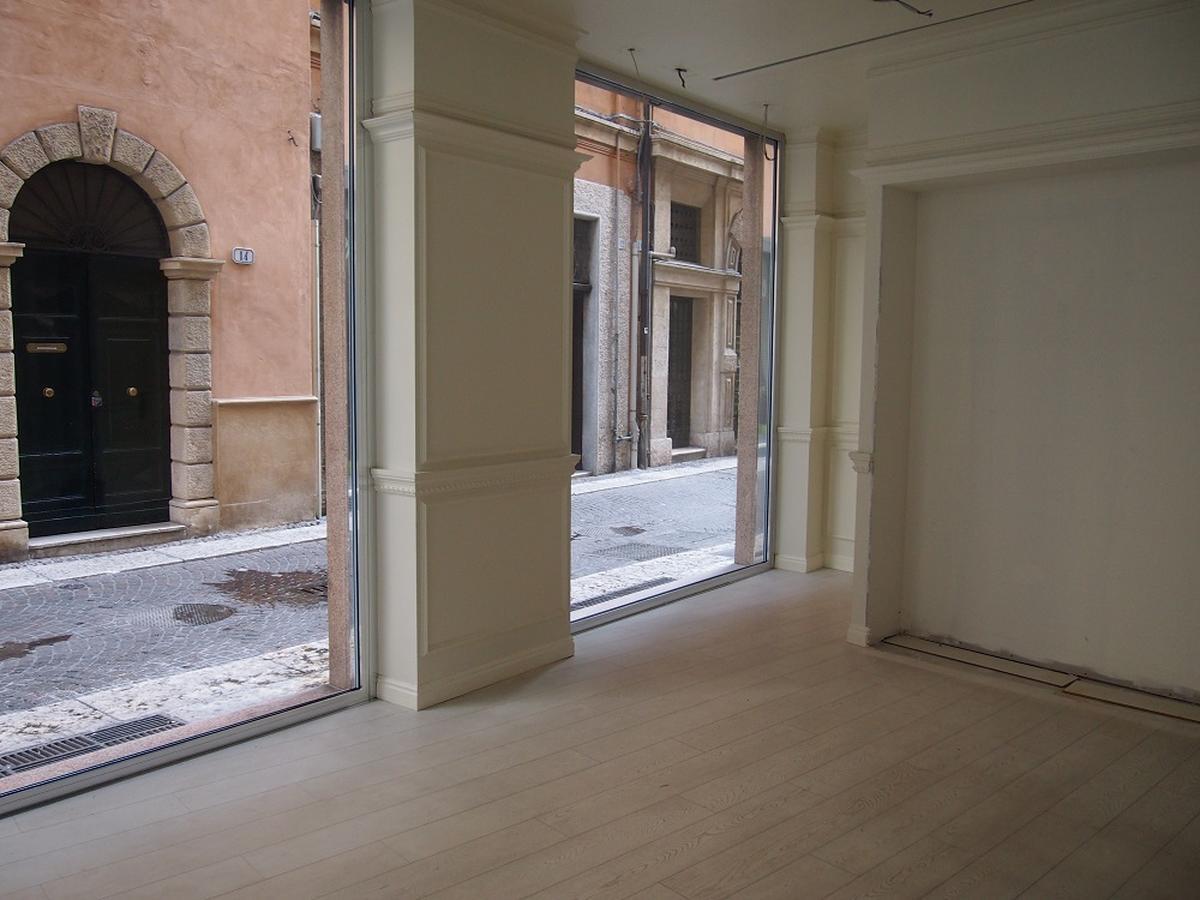 Negozio in affitto in centro a Verona - 0