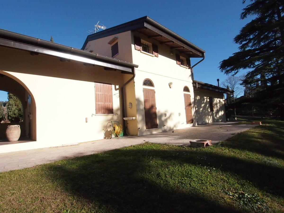 Verona, in zona collinare, porzione di bifamiliare in affitto - 1
