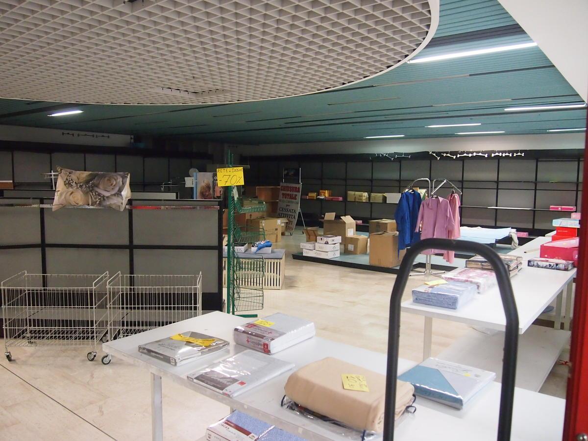 Negozio in affitto in centro commerciale a Bussolengo - 12