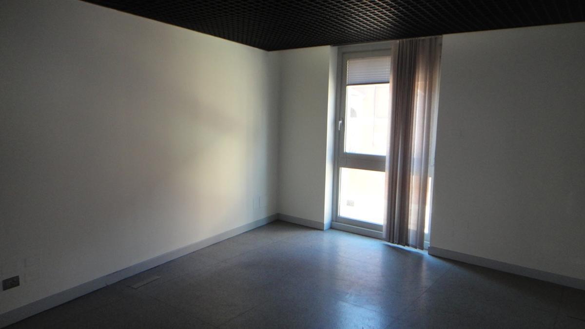 Verona, ufficio in vendita in zona centrale - 0