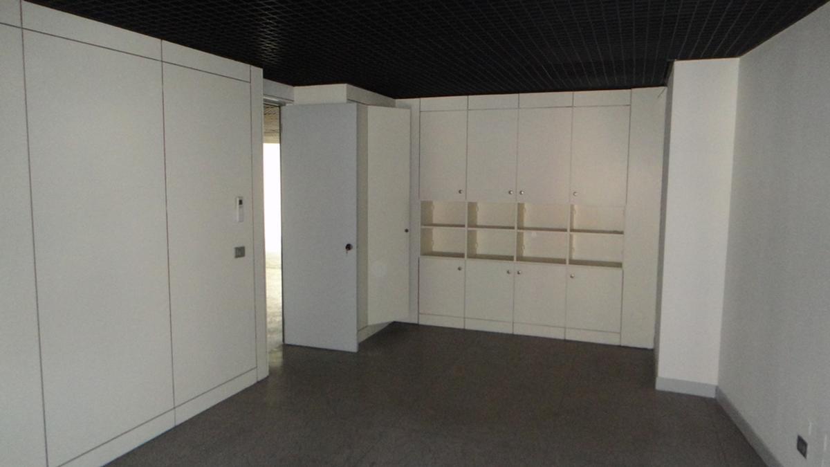 Verona, ufficio in vendita in zona centrale - 1
