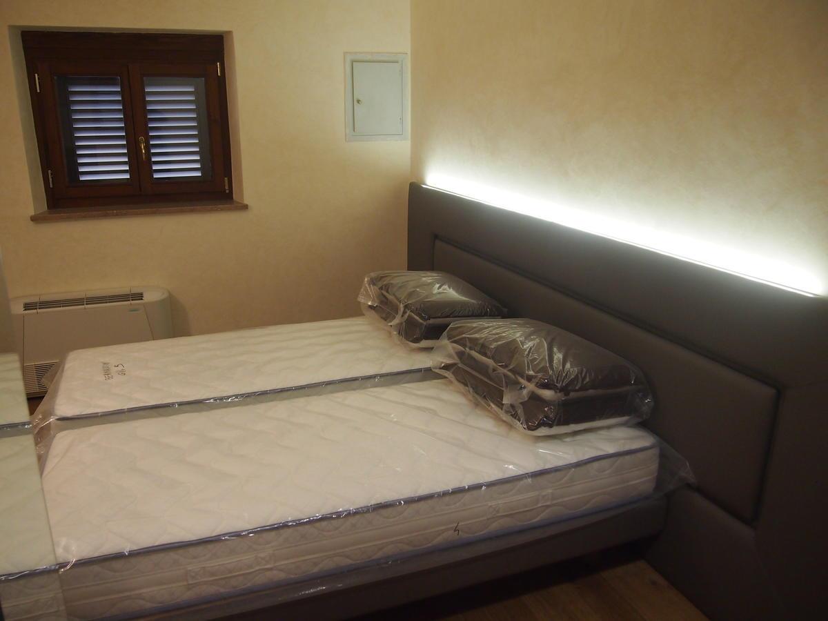 Verona, centro storico, appartamento con due camere in affitto - 10
