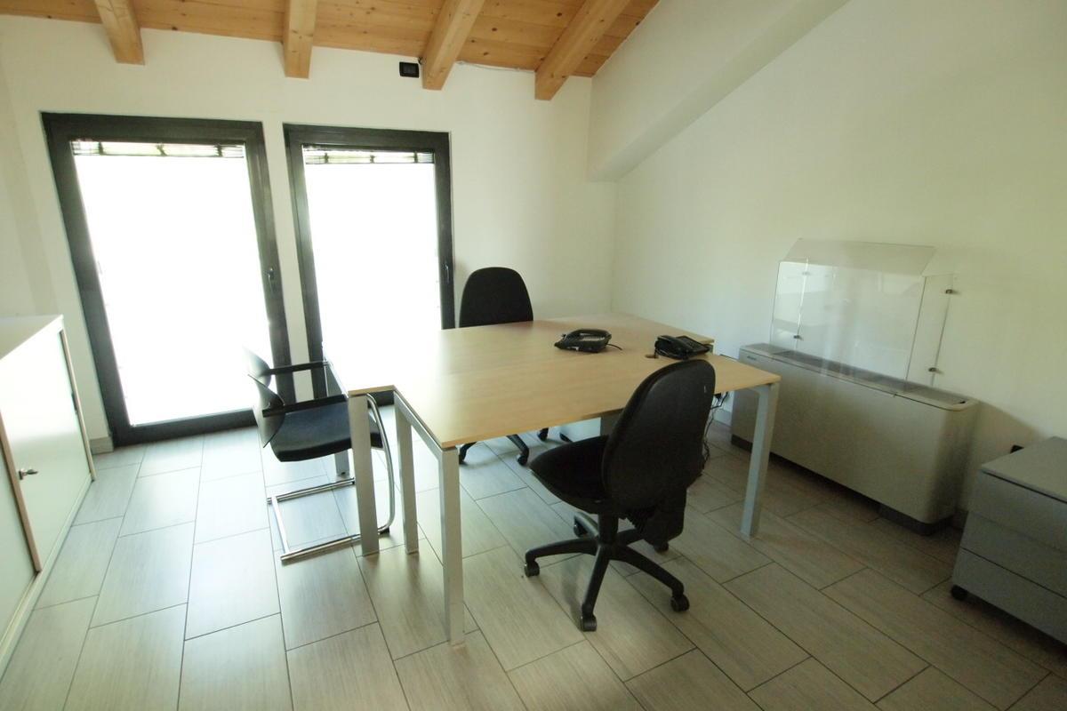 Verona, uffici in affitto - 1