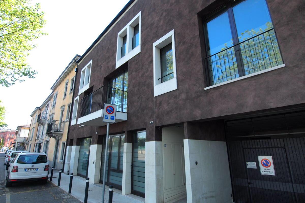 Verona, uffici in affitto - 0