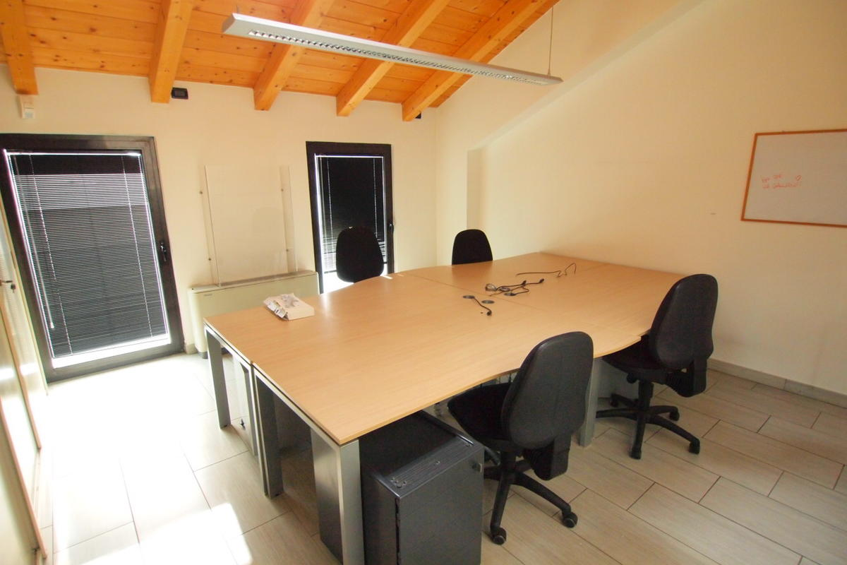 Verona, uffici in affitto - 12