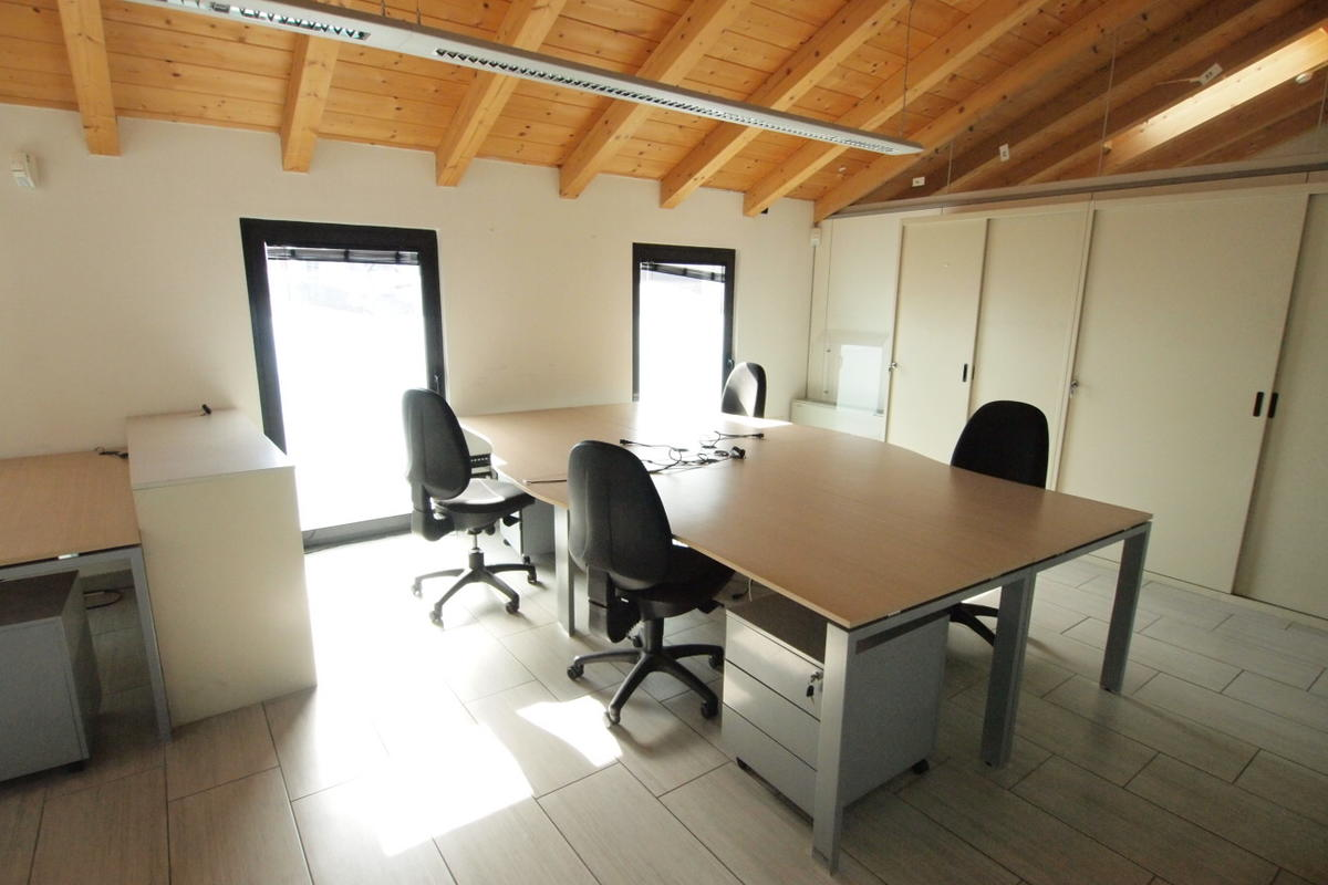 Verona, uffici in affitto - 15