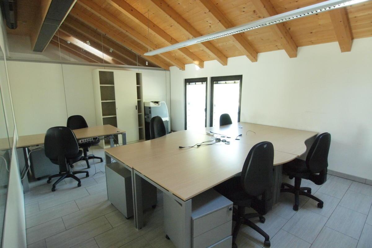 Verona, uffici in affitto - 16