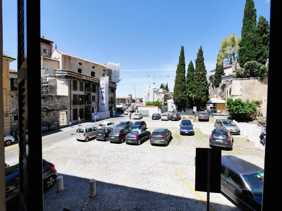 Ampio bilocale arredato in affitto in centro a Verona - 10