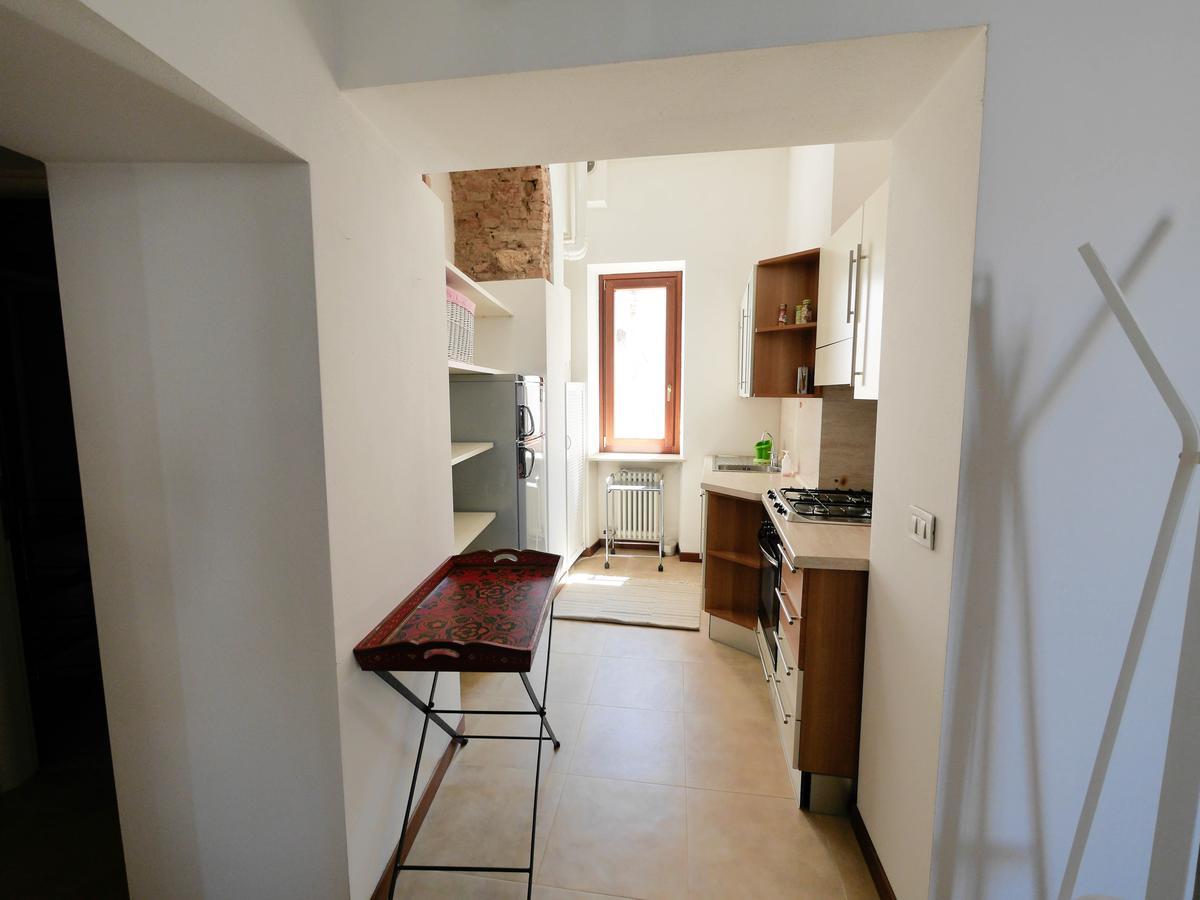 Ampio bilocale arredato in affitto in centro a Verona - 4