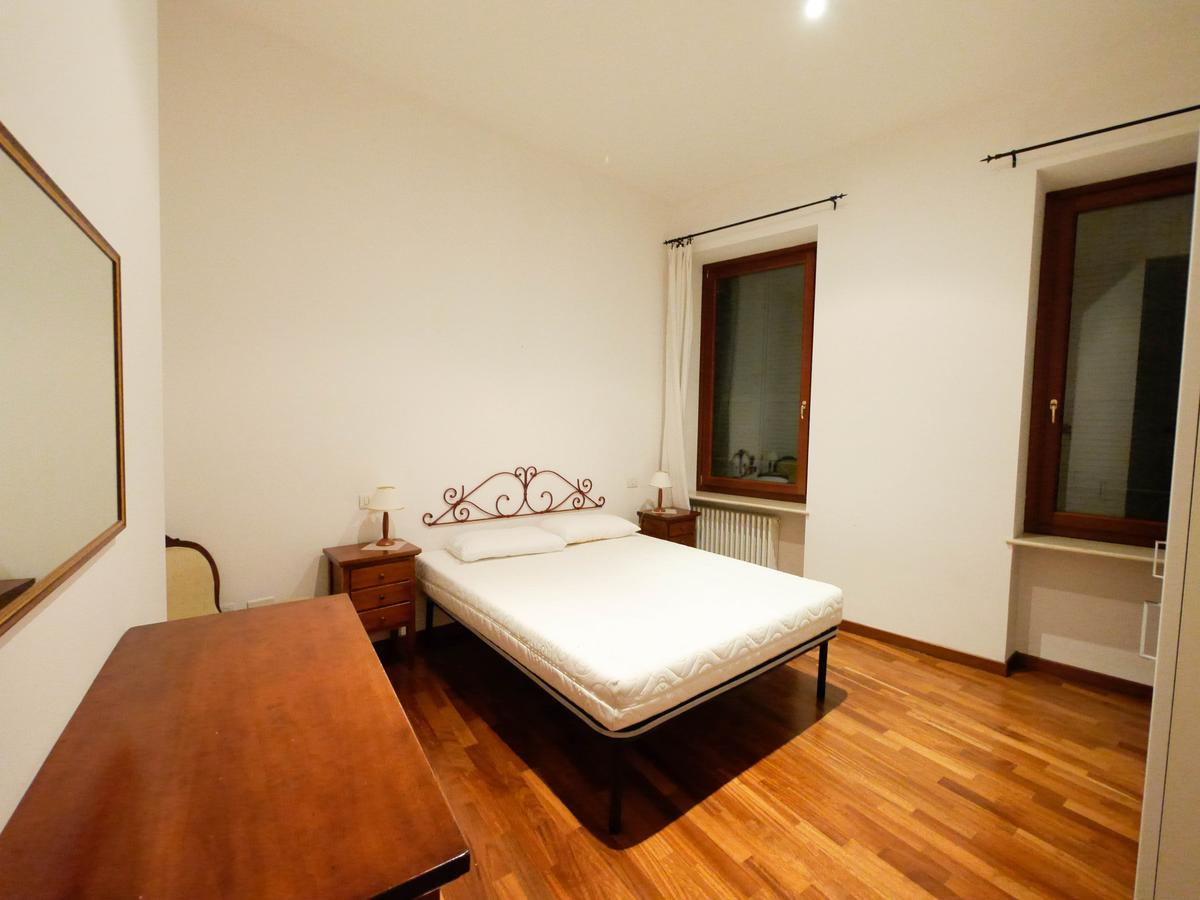 Ampio bilocale arredato in affitto in centro a Verona - 6