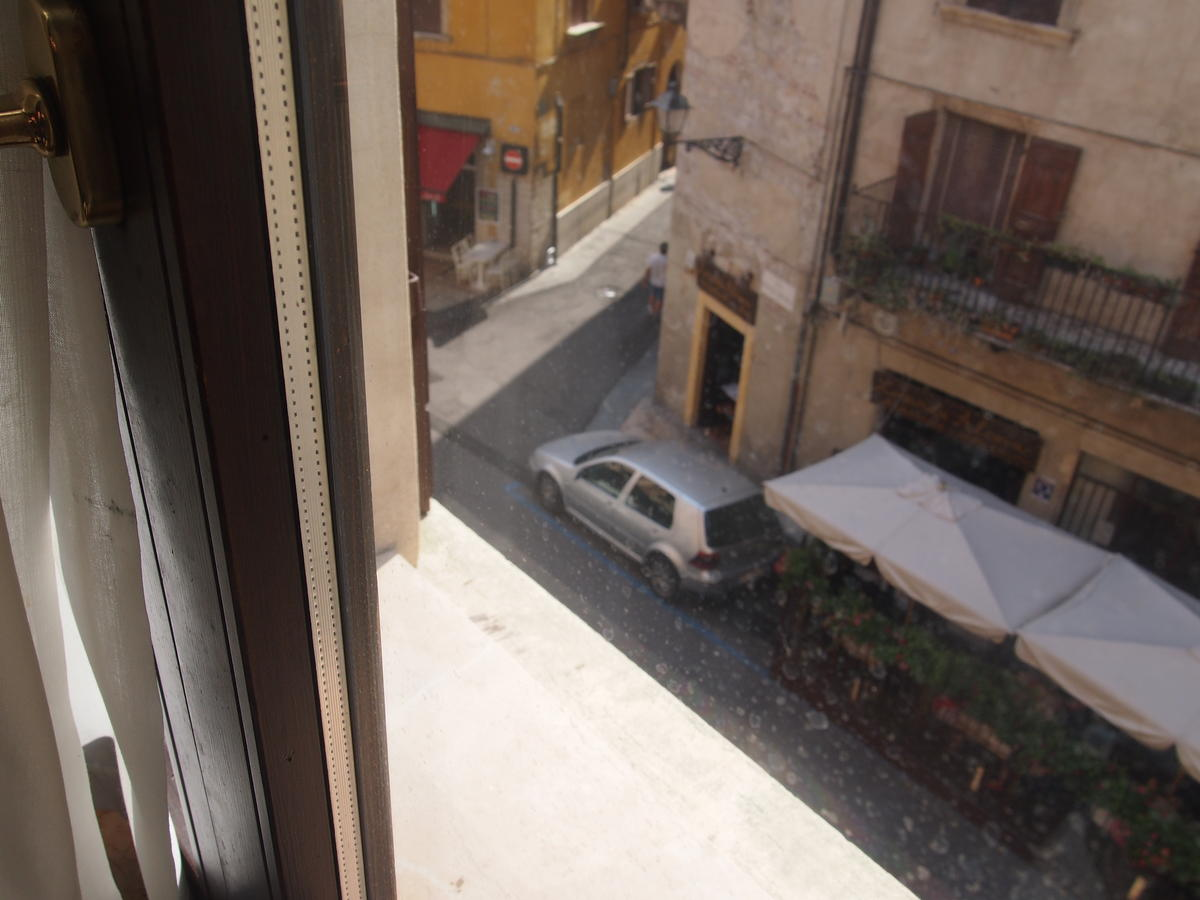 Verona, Ponte Pietra, appartamento in vendita fronte Adige - 12