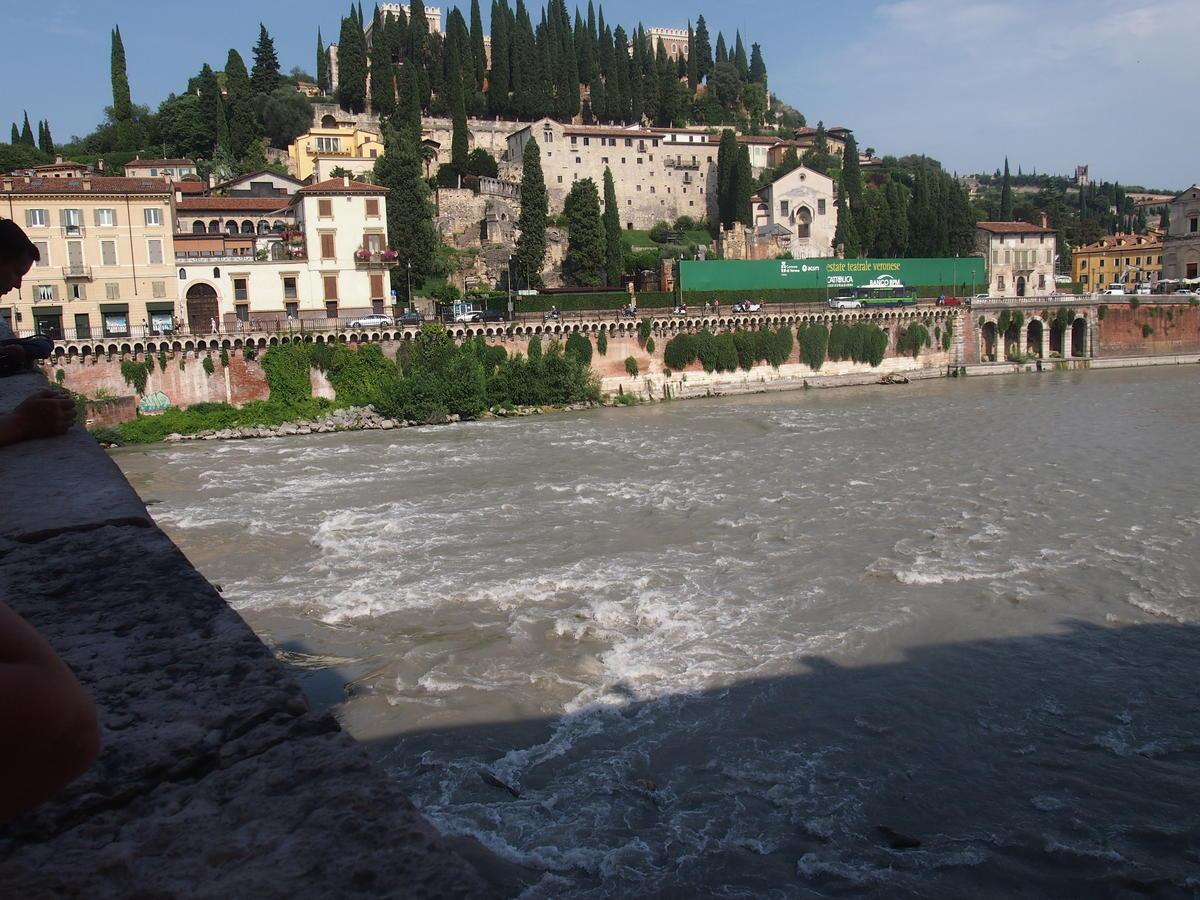 Verona, Ponte Pietra, appartamento in vendita fronte Adige - 3