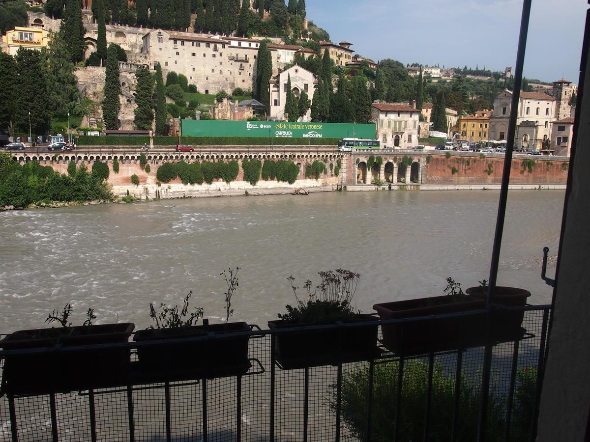 Verona, Ponte Pietra, appartamento in vendita fronte Adige - 7