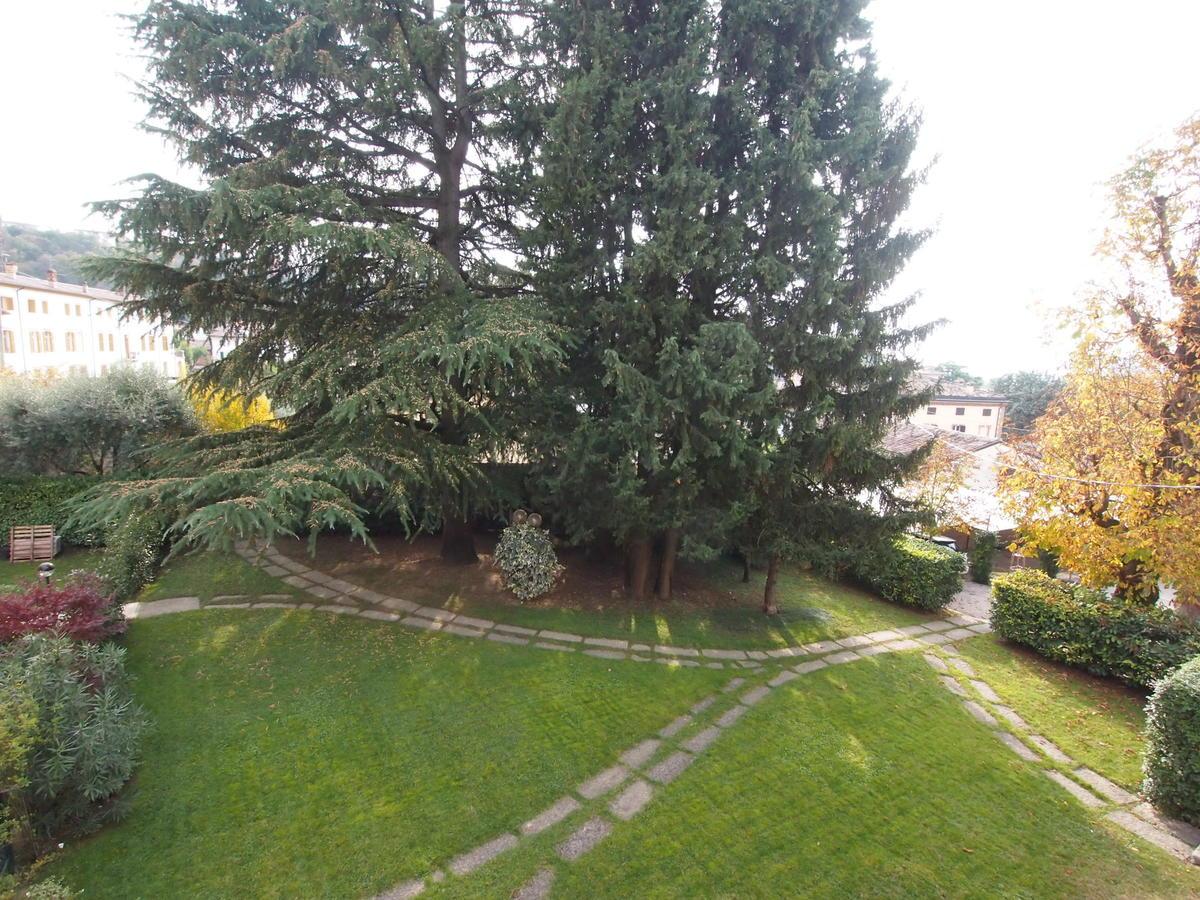 Piano nobile in villa storica - 16