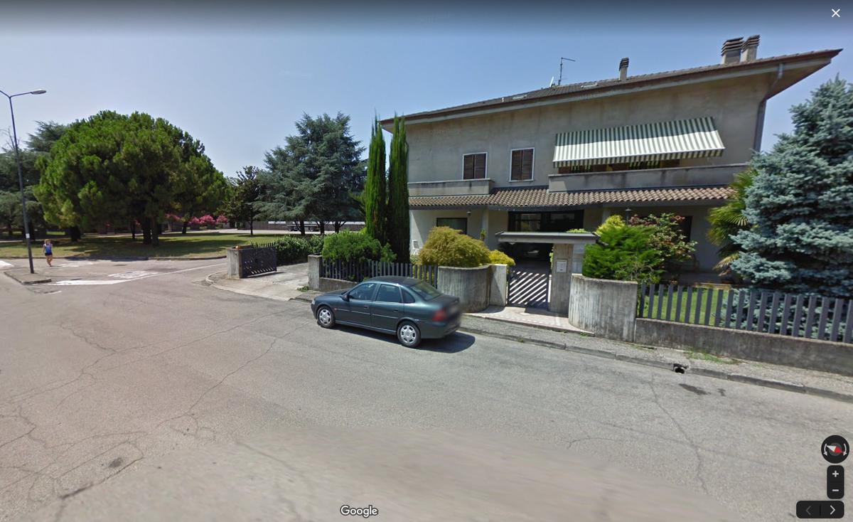 Ronco All'Adige, ampio fabbricato in vendita in centro paese - 2