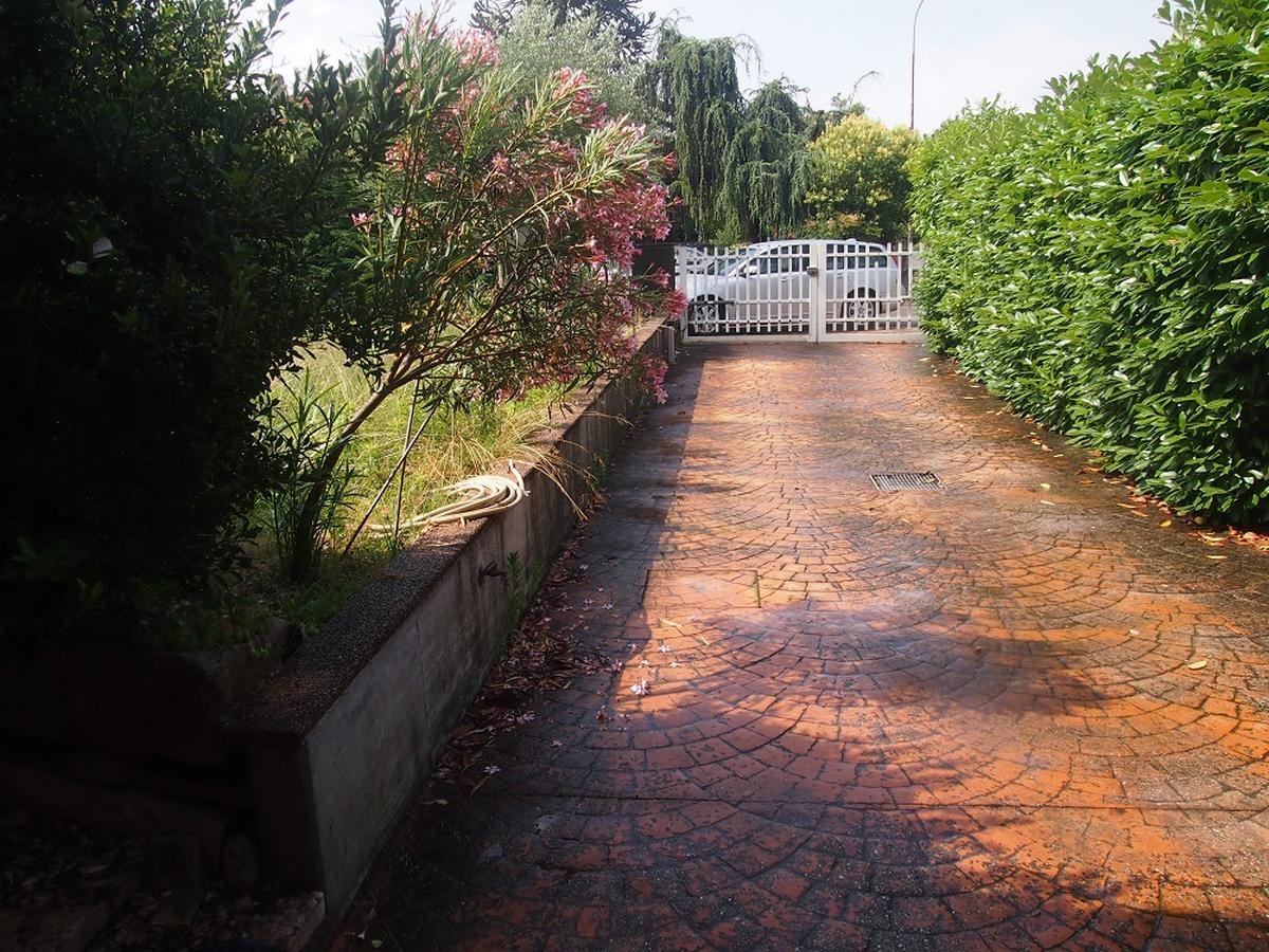 LEGNAGO, VIA ALMERINI, 66, ampia villa singola con piscina - 22