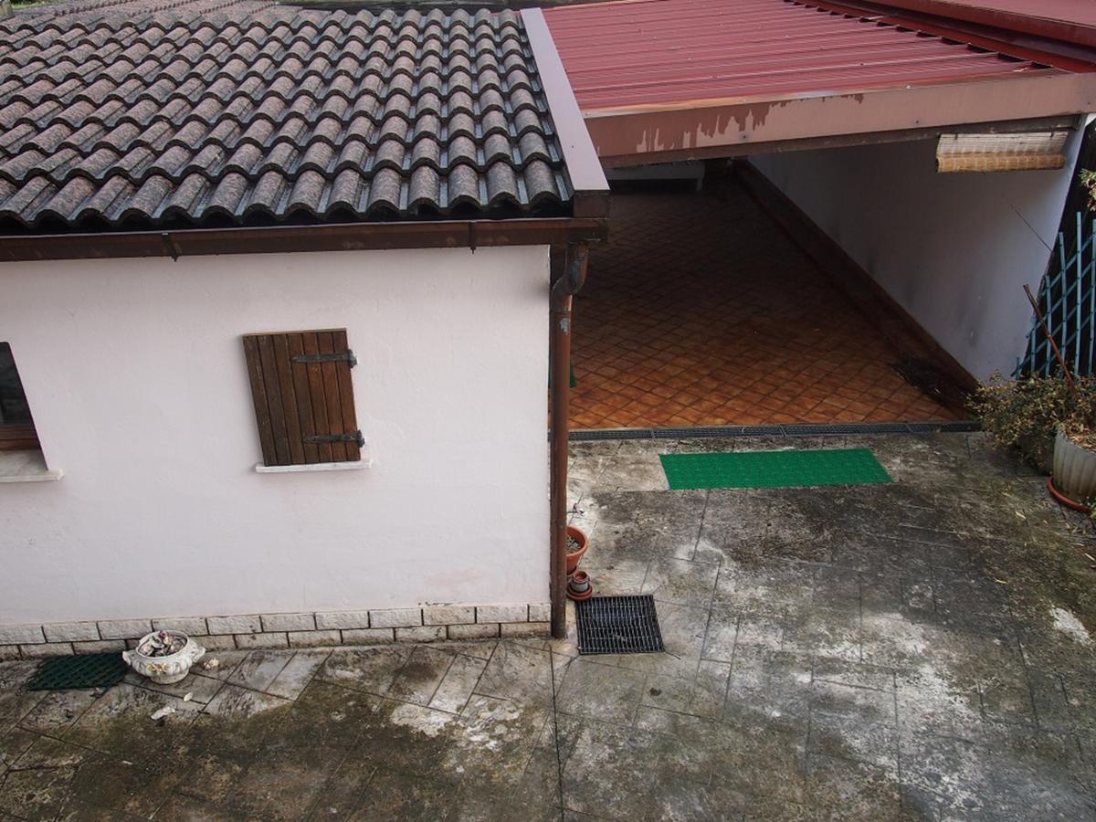 LEGNAGO, VIA ALMERINI, 66, ampia villa singola con piscina - 49
