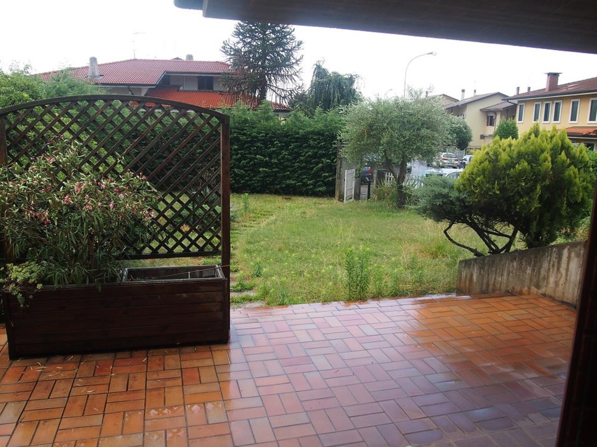 LEGNAGO, VIA ALMERINI, 66, ampia villa singola con piscina - 50