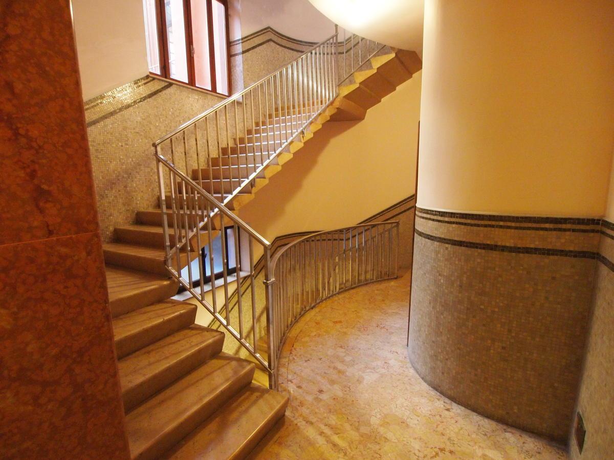 Verona centro, ufficio in affitto - 1
