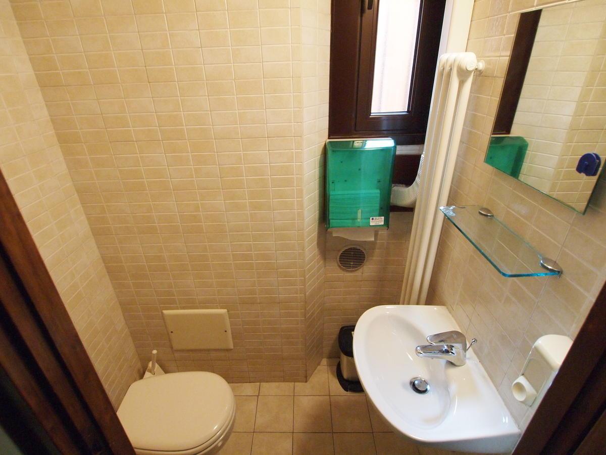 Verona centro, ufficio in affitto - 4