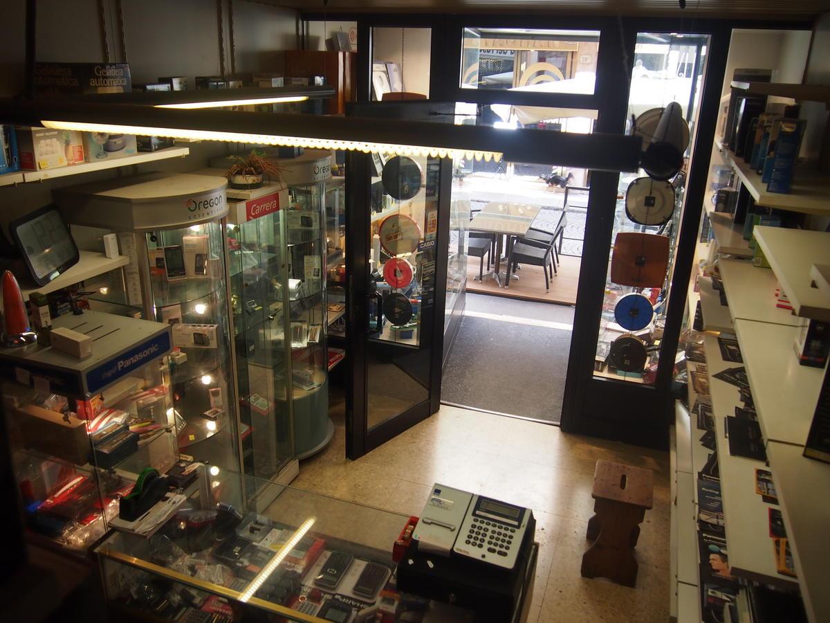 Verona, Piazza Erbe vicinanze, negozio in affitto - 4