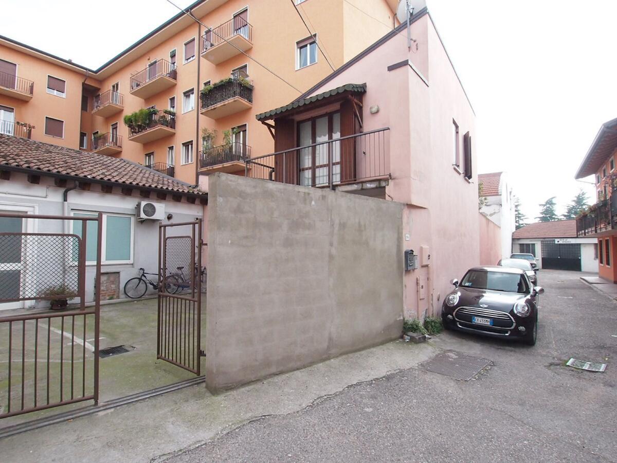 CORSO MILANO, appartamento su 2 livelli, totalmente indipendente - 1