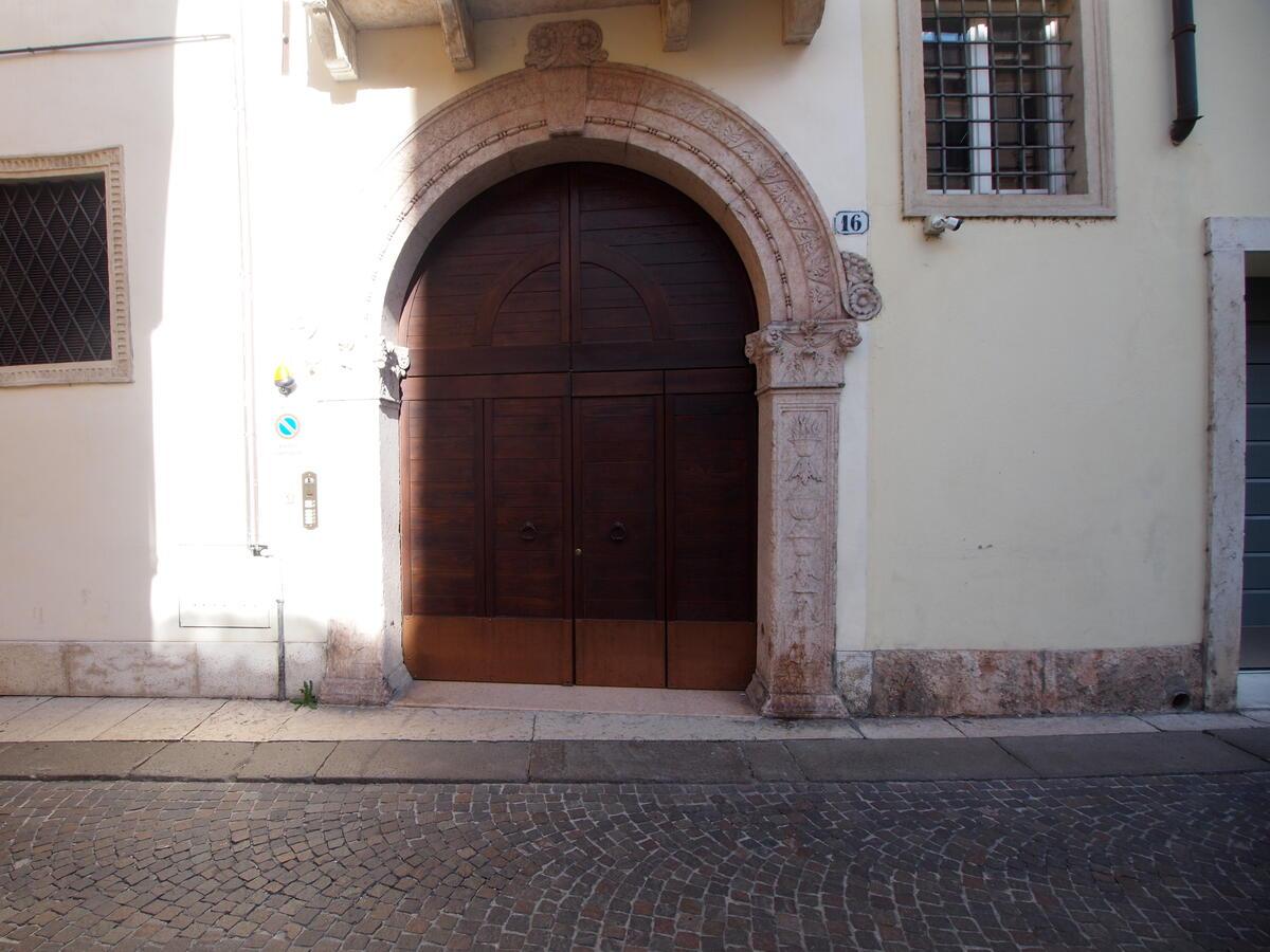Zona Duomo, contesto di pregio accuratamente restaurato - 0