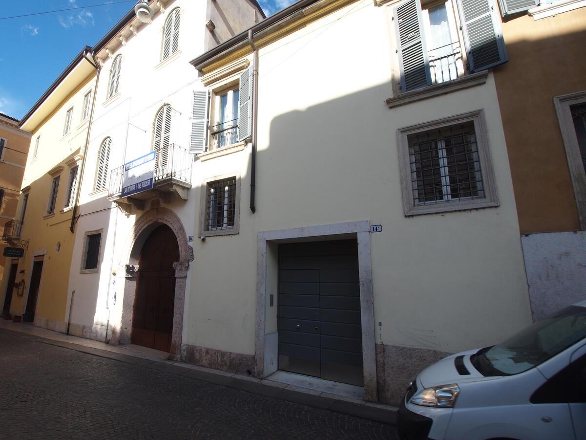 Zona Duomo, contesto di pregio accuratamente restaurato - 6