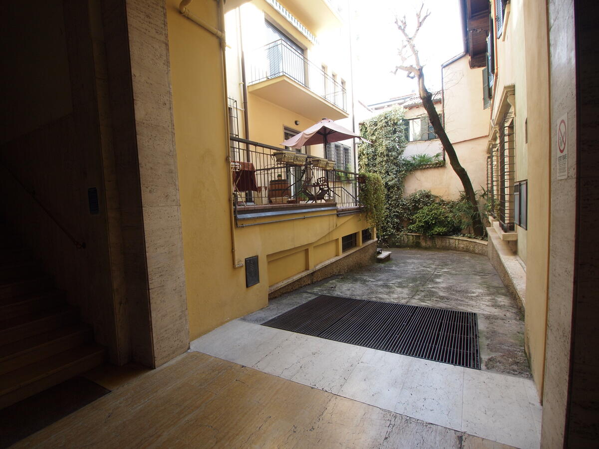 Trilocale via leoncino 15, Verona - 6