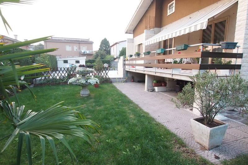 Villa in Villafranca di Verona centro paese